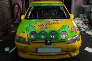Rotulación de coche de carreras