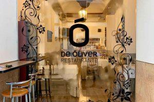 Rotulación entrada restaurante DEÓLIVER